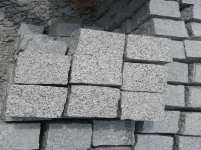 g359 light grey granite cobble stone