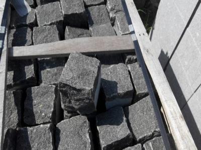 g370 black cobble stone