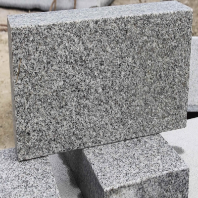 G358 silver grey granite bushhammered surface wall stone